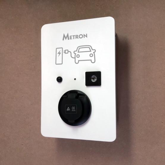 Standard charging station (socket)