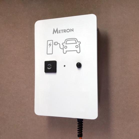 Standard charging station (plug)