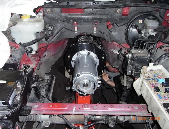 Končno - 30 kW STOJA motor je vgrajen in pripravljen na priklop
